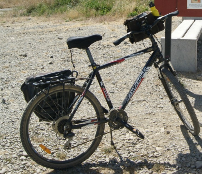 Otago Central Rail Trail Bike Hire In Ranfurly With Off The